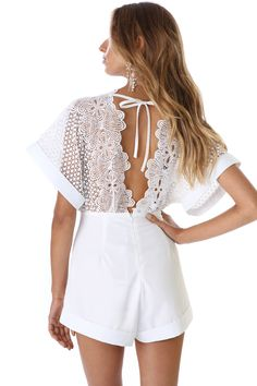 d757c096fc1ef Discover the latest in women s fashion at Verge Girl. Styles include