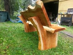 Another live edge park bench by John Mabry. Another live edge park bench by John Mabry. Wood Bench Plans, Garden Bench Plans, Cedar Bench, Outdoor Garden Bench, Wooden Garden Benches, Cedar Furniture, Rustic Outdoor Furniture, Natural Wood Furniture, Driftwood Furniture
