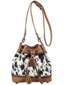 You will love the cowhide Bucket Bag by STS Ranchwear. Cowhide with distressed brown leather accents. Adjustable leather shoulder strap for easy carrying. Bucket Bag Outfit, Bucket Purse, Bucket Handbags, Bucket Bags, Studded Leather, Leather Purses, Leather Handbags, Leather Bags, Cow Leather