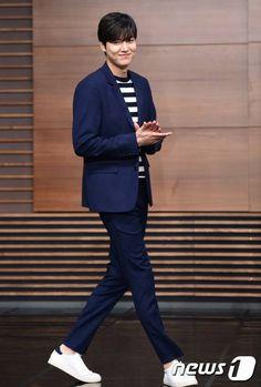 Lee Min Ho Korean Fashion Summer Casual, Korean Fashion Casual, New Actors, Casual Suit, Boys Over Flowers, Best Couple, Lee Min Ho, Minho, Korean Actors