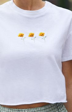 Feminine and casual, the John Galt Marina Poppy Crop Top is bound to be on rotation all summer long. This tee features short sleeves, crew neckline, poppy embroidery at the chest, and a cropped fit. Embroidered Clothes, Cute Casual Outfits, Pacsun, Poppies, Short Sleeves, Feminine, T Shirts For Women, Crop Tops, Brandy Melville