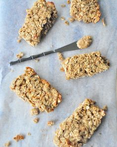 Peanut butter granola bars (oats, banana, peanut butter, honey, milk, chocolate chips)