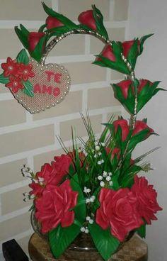 Wreaths For Front Door, Door Wreaths, Nylon Flowers, Pinterest For Business, Flower Decorations, Roxy, Flower Arrangements, Bouquet, Birthday Parties