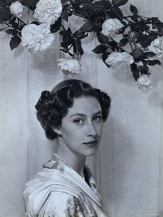 Portrait of the Late Princess Margaret, Countess of Snowdon, 21 August 1930 - 9 February 2002: 24x18 Photographic Print