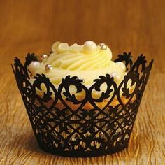 Celtic style motif laser-cut cupcake papers in black
