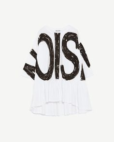 Image 8 of CONTRAST T-SHIRT WITH TEXT from Zara