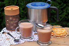 Horúca čokoláda povzbudí náladu - Páni v najlepších rokoch French Press, Panama, Ale, Coffee Maker, Kitchen Appliances, Coffee Maker Machine, Diy Kitchen Appliances, Beer, Coffeemaker