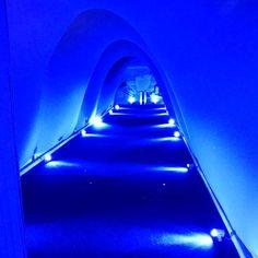 A luz azul no fim do túnel. #azul #blue #luz #light #túnel #tunnel #vbatalha