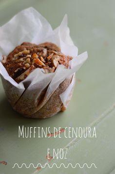 Muffins de cenoura e noz