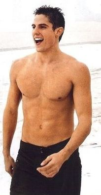 sean faris?.. Yes please:) <3