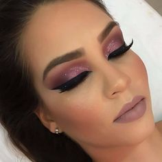 Makeup lips matte purple new ideas Makeup Dupes, Lip Makeup, Beauty Makeup, Hair Beauty, Beauty Room, Beauty Tips For Teens, Beauty Hacks Video, Natural Blondes, Estilo Retro
