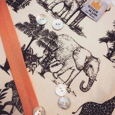 ☀️Safari summer☀️ Tela safari para la confección del short SAFARI PARK #kids #madeinSpain #moda #corazondeleonkids #short #safari