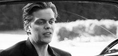 bill skarsgard gifs on WiffleGif Bill Skarsgard Pennywise, Roman Godfrey, Hemlock Grove, Wattpad, Castle Rock, Shadow Hunters, Fine Men, Actors & Actresses, Tv Series