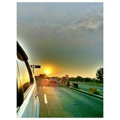 #sunrise#daybreak#morning#rising#sun#sky#clouds#roadtrip#drive#philippines#空#朝日#太陽#朝焼け雲#フィリピン