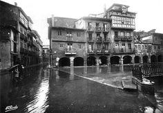 Old Cathedral square Paraiso Natural, Homeland, Cathedral, Street View, Spain, Pictures, Vintage, Design, Haunted Places