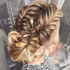 Поплетушки 🍭 Hair by me #art4studio #trucco #hair #hairstyle #wedding #makeup #weddingidea #acconciatura #weddingstyle #bride #bridallook #bridalmakeup #bridalhairstyle #hairdo #hairstyle @hairstyle #brides #стилист #updo #свадебныйстилист #свадебныймакияж #свадебныепрически #макияж #прическа#beauty #vegas_nay #hudabeauty @hudabeauty @styleartists #vegas_nay #makegirlz  #wakeupandmakeup @wakeupandmakeup @hair.videos @peinadosvideos @vegas_nay