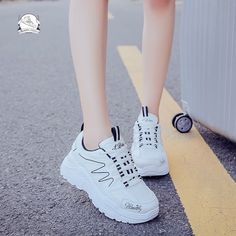 Want useful information as well as great tips on ladies shoes and boots. Shoes You Need. Women's Shoes, New Shoes, Cute Shoes, Me Too Shoes, Shoes Sneakers, Shoes Style, Fashion Boots, Sneakers Fashion, Beautiful Evening Gowns