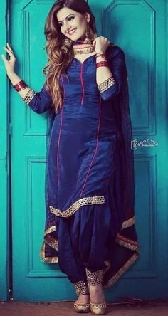 Designer Salwar Kameez, Designer Kurtis, Salwar Kameez Simple, Readymade Salwar Kameez, Salwar Suits Simple, Wedding Salwar Kameez, Latest Punjabi Suits, Punjabi Suits Party Wear, Punjabi Salwar Suits
