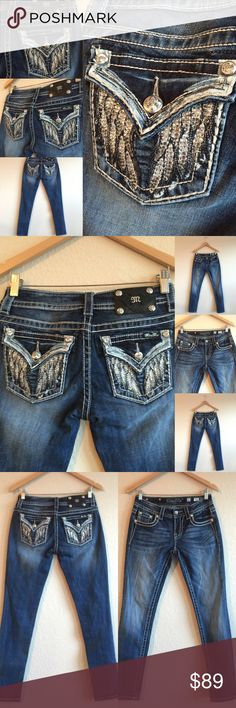 MISS ME 🎀 Skinny Wing Rhinestone 27 x 31 Signature jeans!  Gorgeous detail and color!  Excellent condition!  Original price is an estimation.  BUNDLE TO SAVE!  💗💗💗 (A1X203516PC) Miss Me Jeans Skinny
