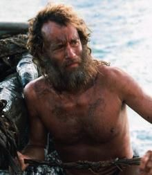 Tom Hanks as Chuck Noland in Cast Away Hanks won a Golden Globe award for Best Actor and was nominated for an Academy Award for his performance. Christian Bale, John Lennon, Jared Leto, Tom Hanks Filme, Cast Away 2000, Tom Hanks Movies, Transformation Physique, Toy Story Series, Forrest Gump 1994