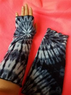 Fleece Arm Warmers. Check out this item in my Etsy shop https://www.etsy.com/listing/545652970/blue-tie-dye-fleece-arm-warmers-soft-and
