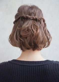 Hairstyles for Short Hair You Can't Miss - half up hairstyle for a short bob | Beauty High