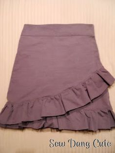 Cute, but not too ruffly.    Free pattern at http://www.sewdangcutecrafts.com/2010/10/charlotte-russe-inspired-skirt.html
