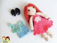 She is Yaprak the girl with changeable clothe. Her pattern includes 2 outfits pattern.