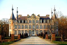 Kasteel van Poeke | Poeke Castle is a castle near Poeke, a small town in the municipality of Aalter in the Belgian province of East Flanders