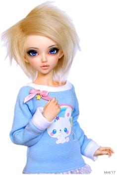 Whisper - Minifee Chloe by Rakeru Sensei, body blushing by Aerodoll. Bunny sweater by Rona Berger. Diy Bed, Bjd Dolls, Whisper, Beds, Chloe, Cinderella, Bunny, Disney Princess, Disney Characters