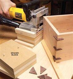 AW Extra 5/16/13 - Make Corner Splines - Popular Woodworking Magazine