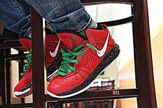 Nike LeBron 8 CHRISTMAS