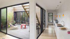 Interieur vue patio cuisine maison bois Bordeaux