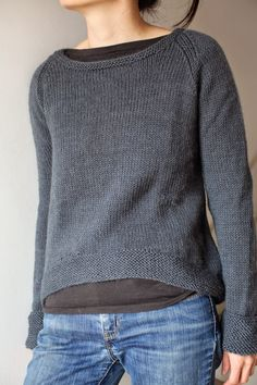 olaf: The perfect basic! Jumper Knitting Pattern, Knitting Stiches, Easy Knitting, Gros Pull Oversize, Knit Picks, Comfortable Fashion, Sweater Weather, Pretty Outfits, Models