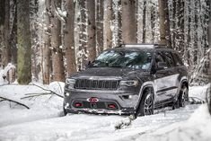 2017 Grand Cherokee Trailhawk - The overland vehicle for off-pavement adventure to more remote locations. Grand Cherokee Trailhawk, 2013 Jeep Grand Cherokee, Srt8 Jeep, Mopar, Jeep Cars, Jeep Jeep, Jeep Wrangler, Back Road, Car Images