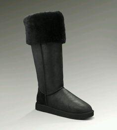 Knee High Uggs - black