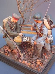 """The Game of war Hi all !!!! Here I am again to share another of the works I did for the book """"1/6th Kitbashing,the spanish way"""".In the book this diorama is titled """"checkers game&#…"""