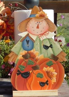 Scarecrow paper towel holder by Countrypainting on Etsy, $24.99