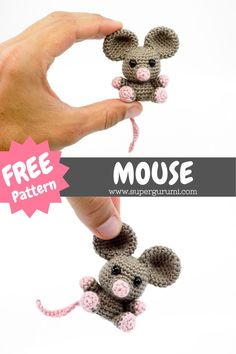 Crochet Mouse, Crochet Gifts, Quick Crochet, Cute Crochet, Crochet Keychain, Crochet Amigurumi Free Patterns, Crochet Projects, Cheese Boards, Creations