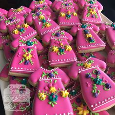 Uh, yes please! Quinceanera inspiration for a fiesta theme. A different kitchen renovation can vastly Increase … Cute Cookies, Cupcake Cookies, Sugar Cookies, Cupcakes, Fiesta Cake, Mexican Fiesta Party, Biscotti, Mexican Cookies, Mexican Birthday Parties