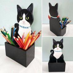 Custom of Your Cat Pen and Pencil Holder Cat Desk Accessory Cat Crafts, Wood Crafts, Diy And Crafts, Arts And Crafts, Cat Lover Gifts, Cat Lovers, Diy Pet, Cat Pen, Cat Decor