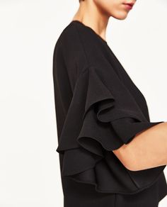 Image 4 of FRILLED TOP from Zara