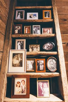 Noora K. Viime viikonloppuna vietettiin serkkuni häitä. Otin häissä paljon kuvia ja sain hääparilta luvan jakaa niitä täälläkin. Vihkiminen oli tuomiokirkossa, josta kävelimme hääseurueen kanssa Po… Wedding Decorations, Wedding Ideas, Dream Wedding, Crafting, Weddings, Frame, Home Decor, History, Homemade Home Decor