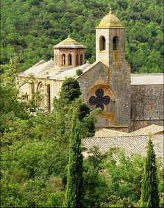 Abbaye Sainte-Marie de Fontfroide, Aude