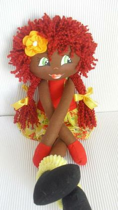 BONECA SERENINHA                                                                                                                                                                                 Mais Animal Sewing Patterns, Doll Clothes Patterns, Doll Patterns, African Dolls, African American Dolls, Doll Crafts, Diy Doll, Cute Baby Dolls, Soft Dolls