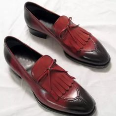 Handmade Men'S Fringe Split Toe Shoes Kicks Shoes, Toe Shoes, Dress Shoes, Casual Leather Shoes, Suede Leather Shoes, Soft Leather, Mens Fringe, Mens Business Shoes, Gentleman Shoes