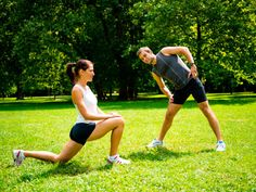 Simply stretching is not going to prepare your body for a running workout. Activate your muscles from head to toe with this dynamic warm-up. Training Tips, Strength Training, Golf Training, Muscular Strength Exercises, Running Warm Up, Dynamic Warm Up, Dynamic Stretching, Workout Warm Up, Injury Prevention