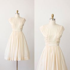 A pretty vintage gown.