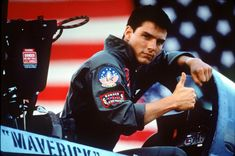 TOP GUN Being Converted to for Theatrical Re-Release. Directed by Tony Scott, the film stars Tom Cruise, Kelly McGills and Val Kilmer. Top Gun, Tom Cruise, 80s Movies, Great Movies, Movie Tv, Watch Movies, Action Movies, Katie Holmes, Nicole Kidman
