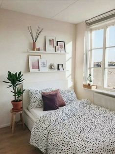 Bedroom Storage Ideas For Clothes, Bedroom Storage For Small Rooms, Small Master Bedroom, Closet Ideas, Master Suite, Home Interior, Interior Design, Interior Stylist, Interior Paint
